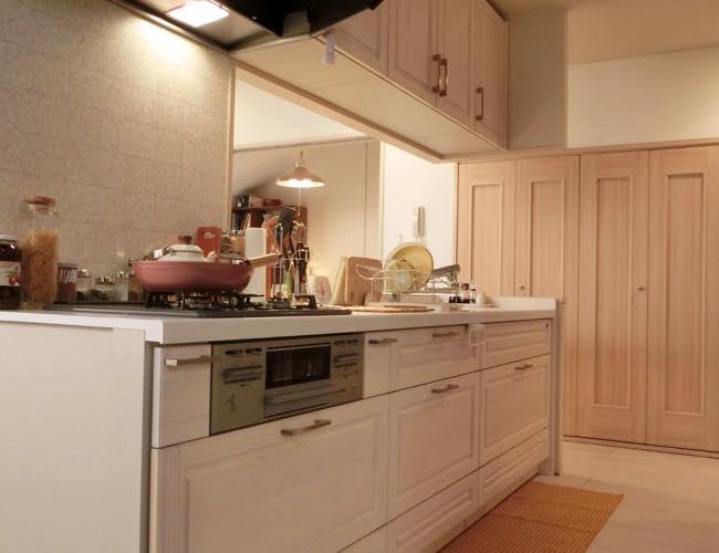 ヒロインの自宅 システムキッチン