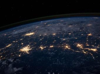 激動期に入ったとみられる現在の地球に対応